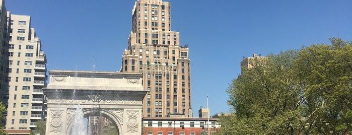 Washington Square Park is one of Posti che sono piaciuti a Jessica.