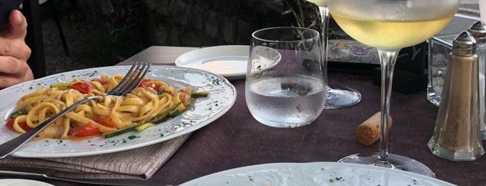 Ristorante Belle Isole is one of สถานที่ที่ Sarah ถูกใจ.