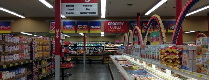 Grocery Outlet is one of Savannah : понравившиеся места.