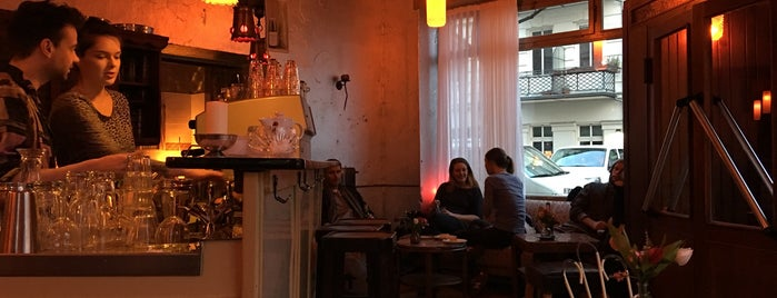 Wohnzimmer is one of Berlin: to be discovered.