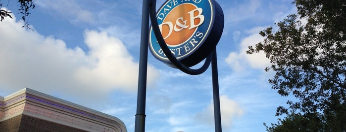 Dave & Buster's is one of Tempat yang Disimpan LinZ.