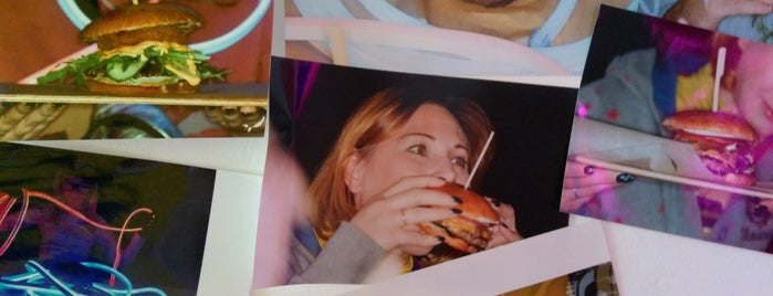 Burger Planet is one of Бургеры в Питере.