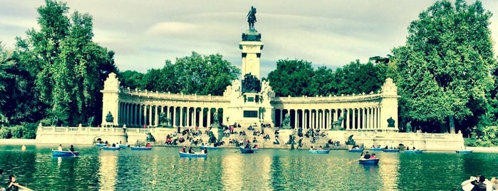 Parque del Retiro is one of S Marks The Spots in MADRID.