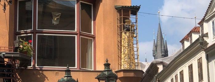 Dům U Černé Matky Boží is one of Praga.