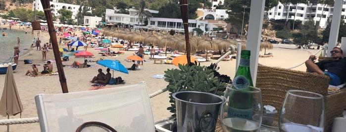Maya Beach Club is one of Lieux sauvegardés par Anastasia.