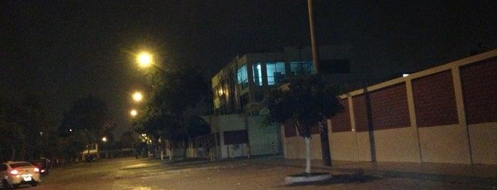 Colegio Nuestra Señora de la Merced is one of สถานที่ที่ Paola ถูกใจ.