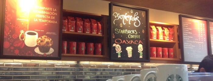 Starbucks is one of Orte, die Lau 👸🏼 gefallen.