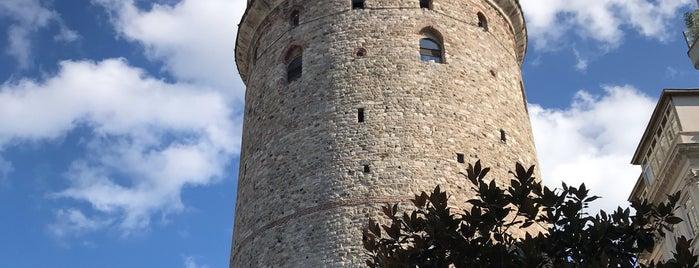 Menara Galata is one of Tempat yang Disukai Aylin.