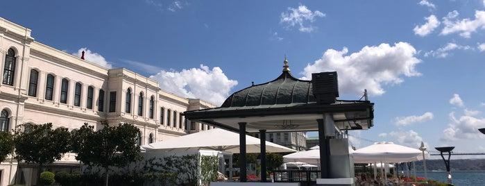 Four Seasons Hotel Bosphorus is one of Aylin'in Beğendiği Mekanlar.