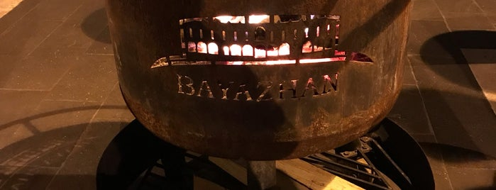 Bayazhan Meyhane is one of Aylin'in Beğendiği Mekanlar.