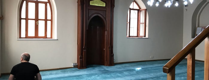 Şahsuvar Bey Camii is one of Posti che sono piaciuti a Aylin.