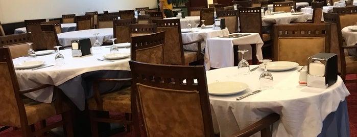 Nihat Restaurant is one of Lugares favoritos de Aylin.