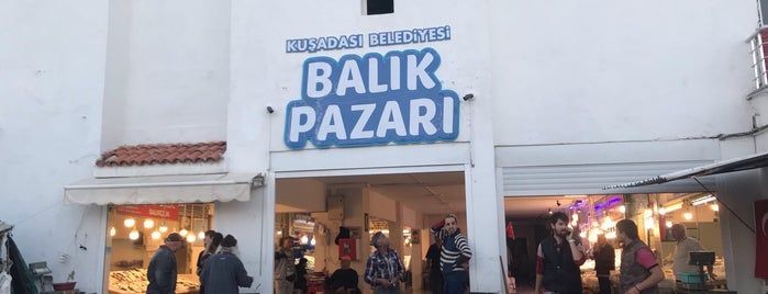 Balık Pazarı is one of Tempat yang Disukai Aylin.