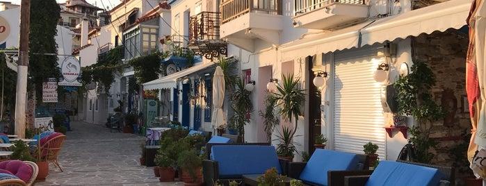 Κοκκάρι Bay is one of Posti che sono piaciuti a Aylin.