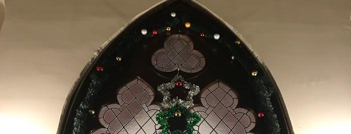 All Saints Moda İngiliz Kilisesi is one of Lugares favoritos de Aylin.