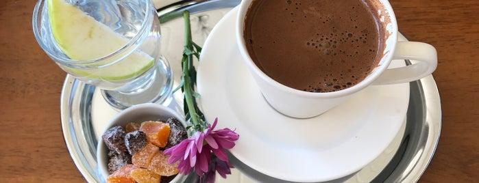 Ceren Tur Dinlenme Tesisleri is one of Posti che sono piaciuti a Aylin.