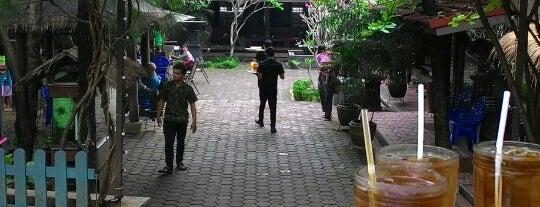 Saung Apung Resto is one of Kuliner Bekasi.