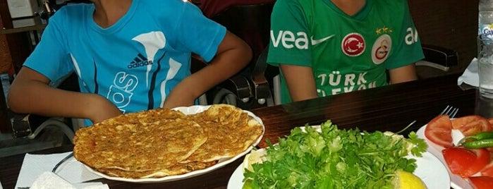 Palmiye Pie Kebap Salonu is one of Zeynep : понравившиеся места.