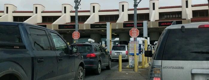 MEXICO-USA Border is one of Lugares favoritos de Ismael.