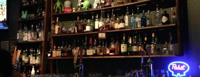 Low Bar is one of Locais curtidos por Brandon.