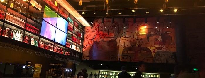 Milo Lockett Bar is one of Rocio : понравившиеся места.