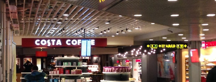 Costa Coffee is one of Lieux qui ont plu à Marnix.