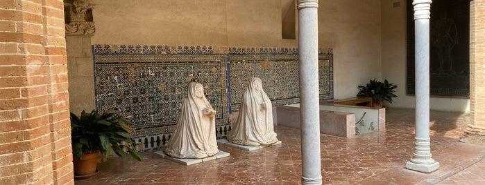 Monasterio de Santa María de las Cuevas is one of Cosas que ver en Sevilla.