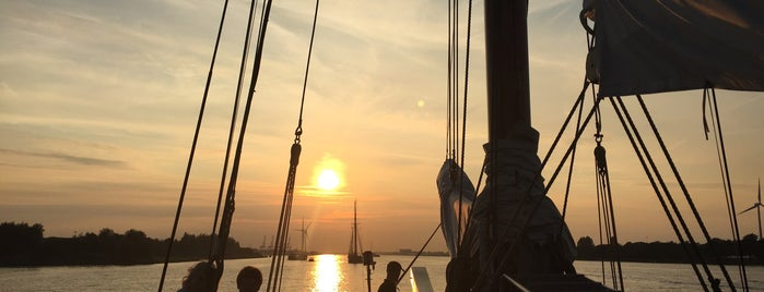 SAIL 2015 is one of Orte, die Amber gefallen.