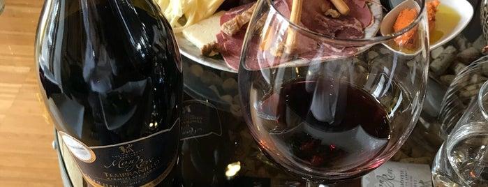 LA Mahzen Restaurant is one of Best Wine Bars in Turkey.