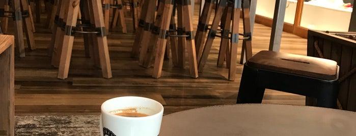 Espresso House is one of Posti che sono piaciuti a Mina.