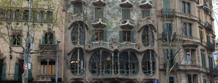 Gaudi Plein is one of Barcelona.