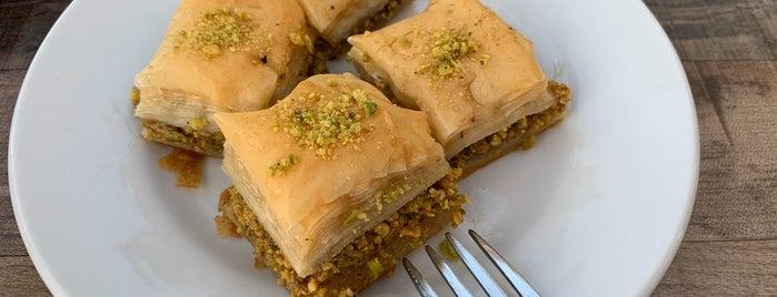 Safron Mediterranean Grill is one of สถานที่ที่บันทึกไว้ของ Emre.