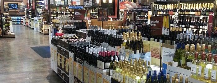 Total Wine & More is one of Orte, die Krysten gefallen.