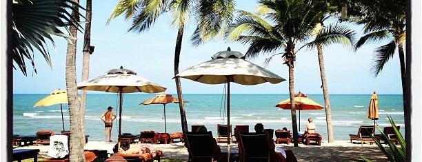 Anantara Hua Hin Resort and Spa is one of Orte, die Sam gefallen.