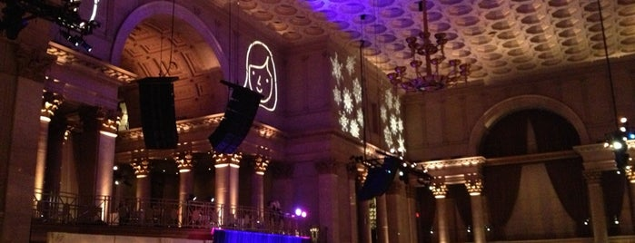 Cipriani Wall Street is one of New York Best Spots.