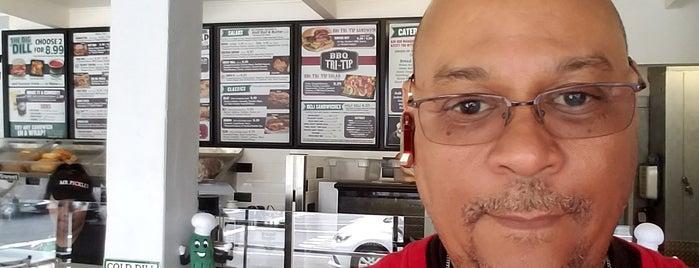 Mr. Pickle's Sandwich Shop is one of Lieux qui ont plu à Keith.