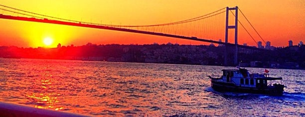 Çengelköy - Beşiktaş Vapuru is one of Orte, die Pelin gefallen.
