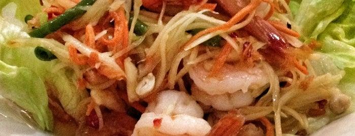 Thai Treats is one of Lugares favoritos de Kim.