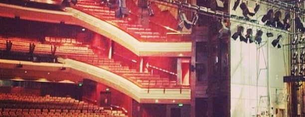 QPAC Lyric Theatre is one of Lugares favoritos de FoodMeUpScotty.