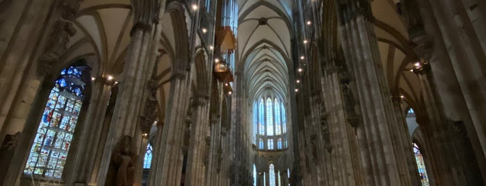 Glockenstuhl Kölner Dom is one of Köln 🇩🇪.
