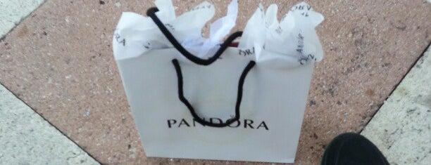 Pandora is one of Odele : понравившиеся места.