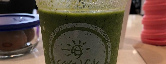 Cafe Vida - South Bay is one of Organic LA.