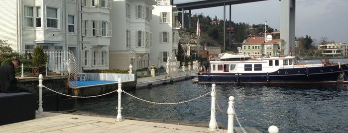 The Marmara Esma Sultan is one of Lugares favoritos de Adil.