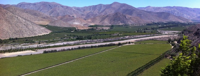 Valle de Elqui is one of Fabian 님이 좋아한 장소.