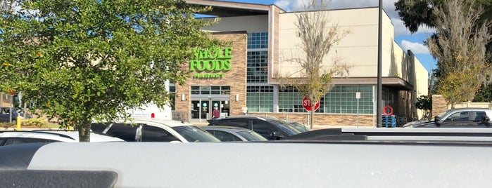 Whole Foods Market is one of barbee 님이 좋아한 장소.