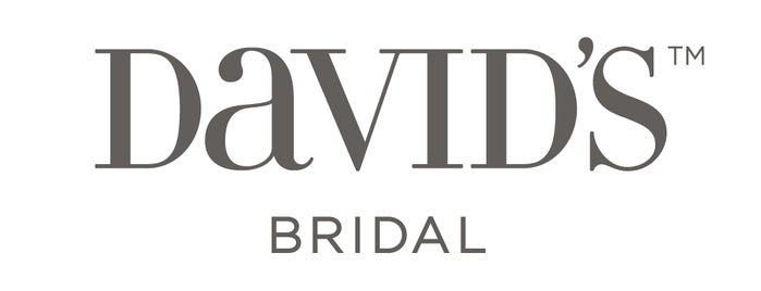 David's Bridal is one of Shelleyさんのお気に入りスポット.