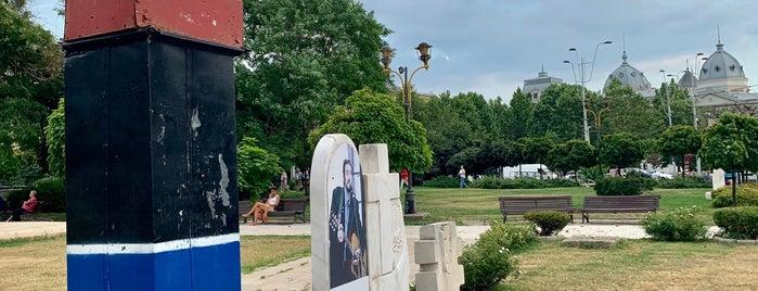 Km 0 al Democrației is one of Ghid de București.