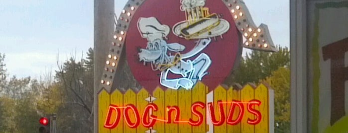 Dog N Suds is one of Carhops.