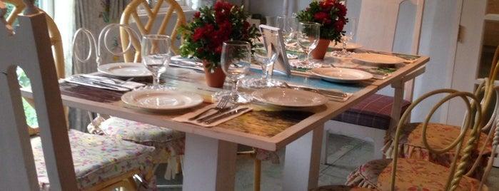 Maria Luisa's Garden Room is one of Food: Makati.