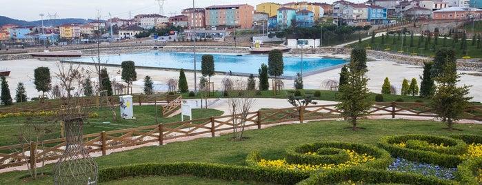 Sultanbeyli is one of İstanbul'un İlçeleri.